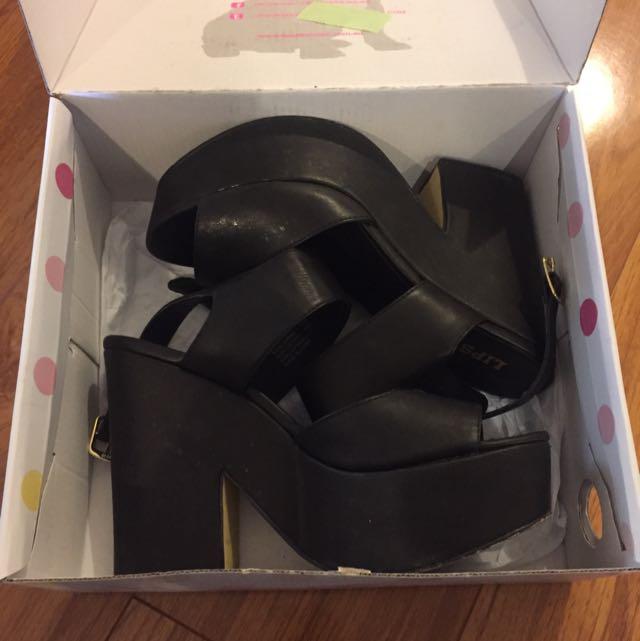 LIPSTIK Black Chunky Heels Sz 8 AUS