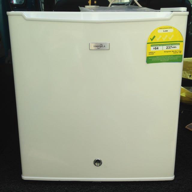 magic chef mini fridge and freezer