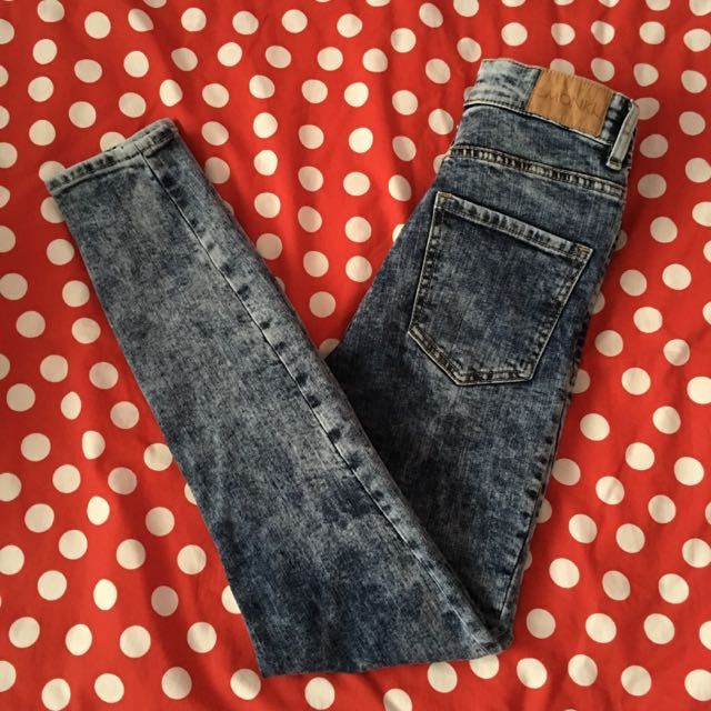 MONKI Acid Wash Jeans