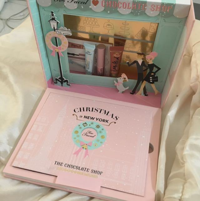 Too Faced Christmas In New York Palette Health Beauty Makeup On