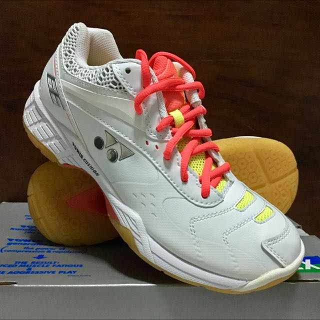 Yonex Shb 66 Sports Sports Apparel On Carousell