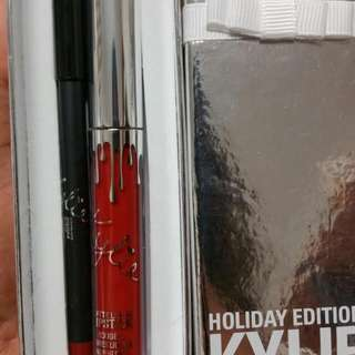 Kylie Holiday Edition Lip Kit in Merry