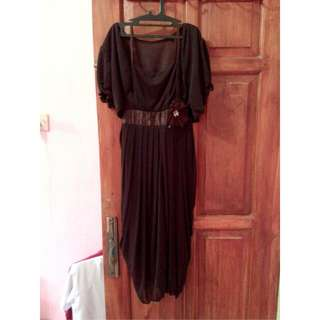 Dress Pesta Simple