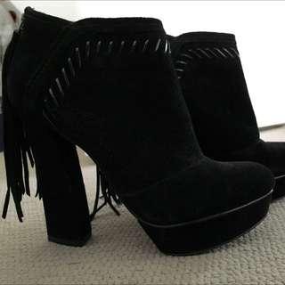 Suede highheel boots