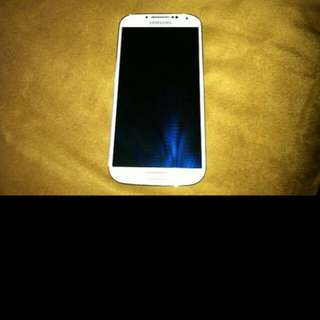 Selling Used Samsung S4 (White)