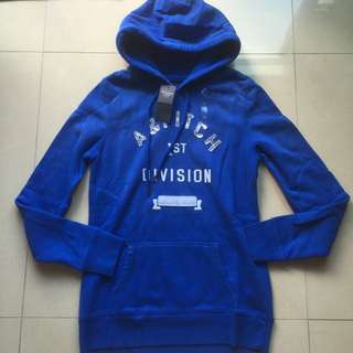 (全新)Brand New Abercrombie And Fitch Blue Hoodie
