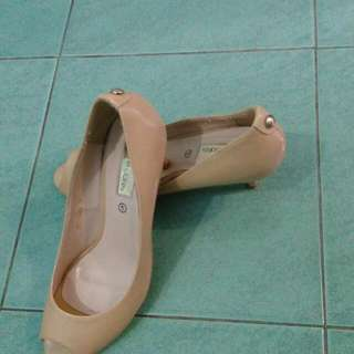 Marie Claire Size 7 ( 38 )