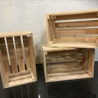 Wooden crates for rent