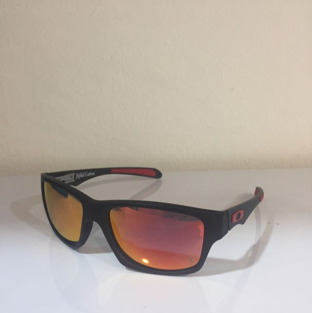 30dafb5838e47 SOLD OUT  Authentic New Oakley Jupiter Carbon Ferrari Edition