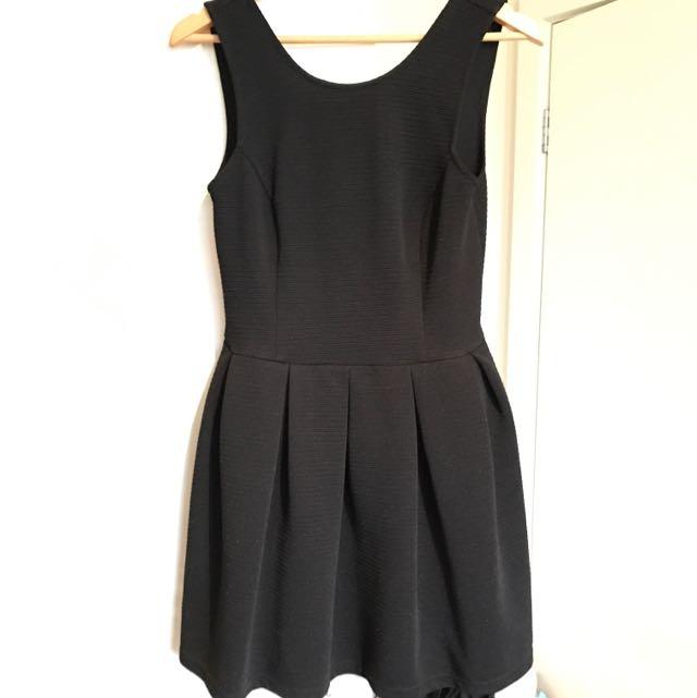 Backless Black Mini Dress - L