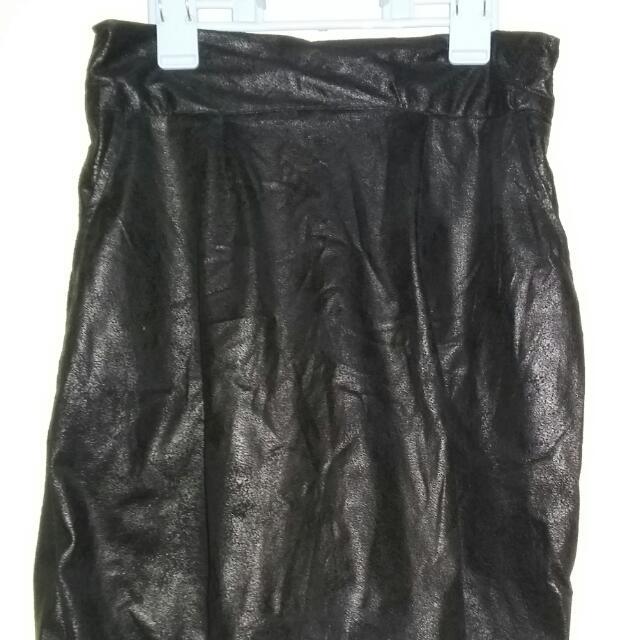 Black Gamusa Skirt