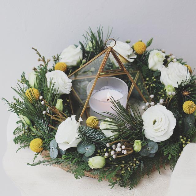 Christmas Table Centrepiece Wreath Gardening On Carousell
