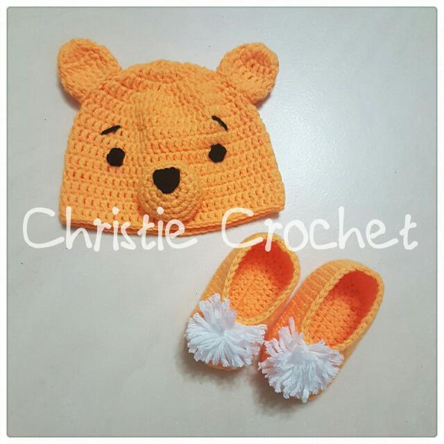 Crochet Baby Hat   Shoe (Winnie The Pooh) 358b504177c