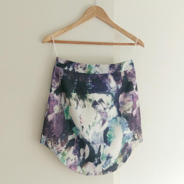 Fitted Printed Skirt Size 10