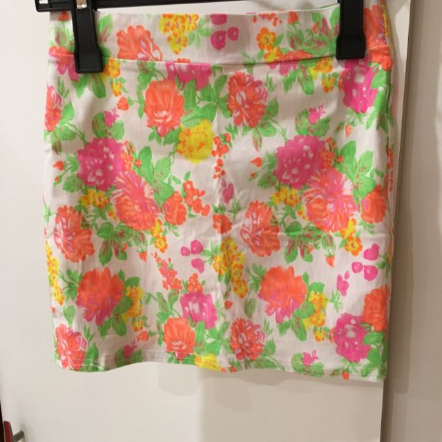 Floral Tight Skirt