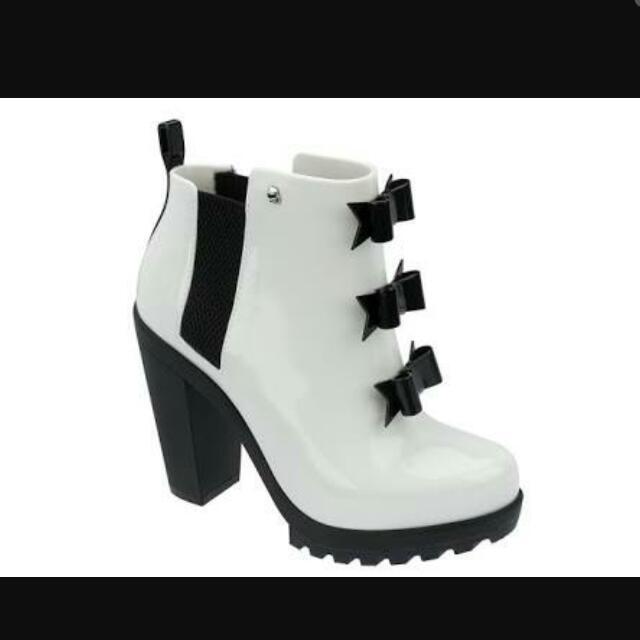 KARL LAGERFELD X Melissa Winter Soldier Boots