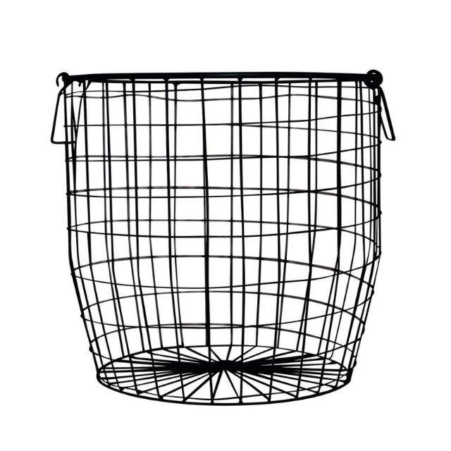*REDUCED* Large wire basket - Black powder coated - Excellent condition