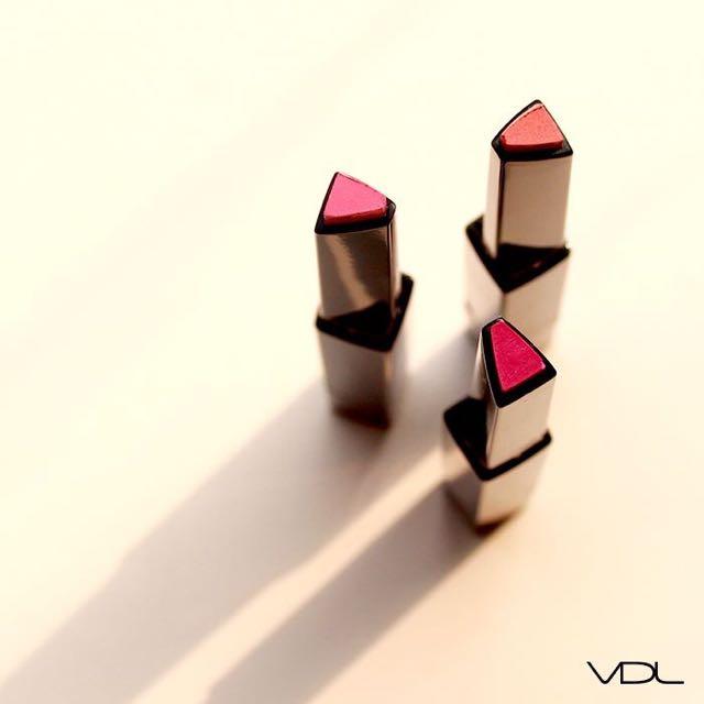 VDL 專業色彩三角型口紅 SPF10 102 Miss Right