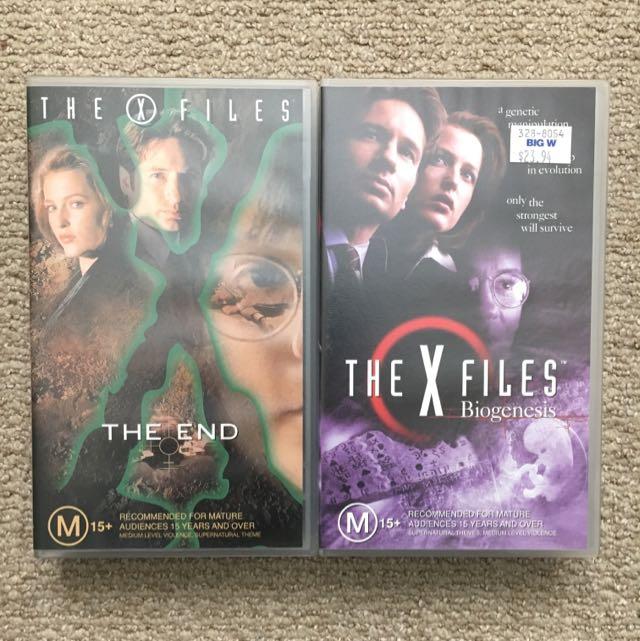 X Files 1 - 12 Plus Secrets Of The X-files And Biogenesis