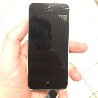 Selling Cracked iPhone 5s And 5c Fully Functional!