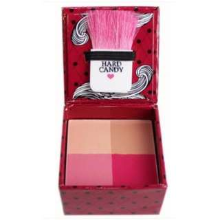 HARD CANDY Fox In A Box Powder Compact