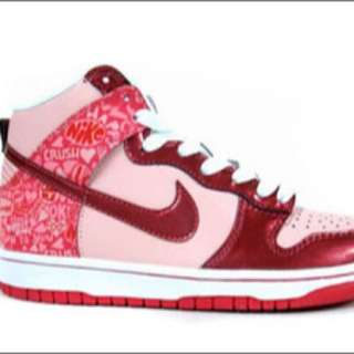 NIKE Women's Dunk High Top Sneakers