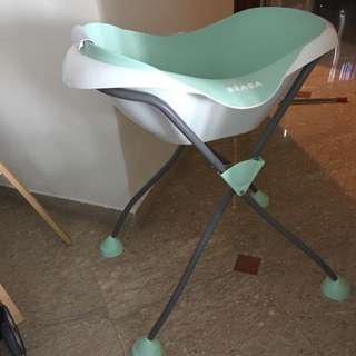 Beabe Baby Bathtub With Stand