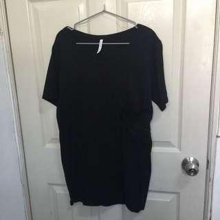黑色oversize短袖上衣