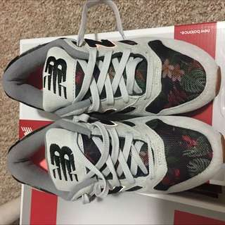 New Balance Women's Shoes Size 8z