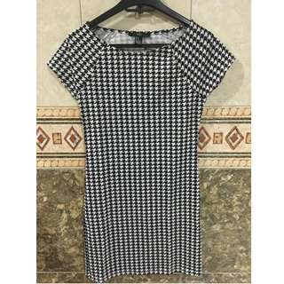Forever 21 Houndstooth Print Dress