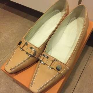Tod's 原色尖頭鞋