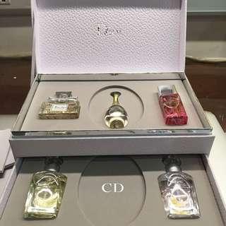 Dior香水五件禮盒🎁