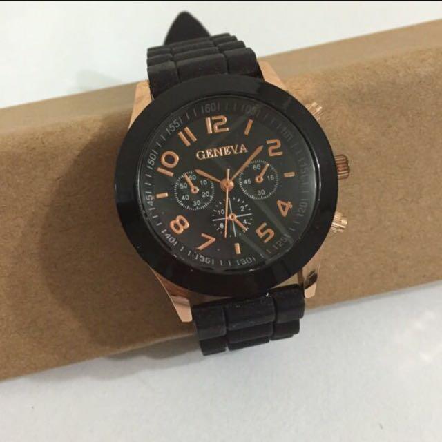 馬卡龍仿三眼錶-黑色
