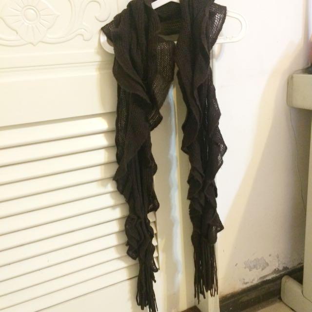 咖啡色捲捲圍巾