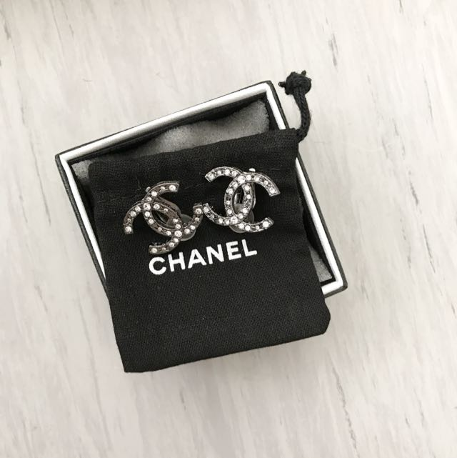 Authentic Chanel  CC Clip On Earrings