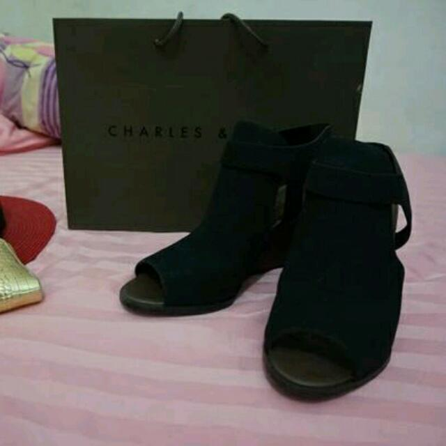 Charles Keith WEDGES (FREE CHIFFON / MIDI DRESS)