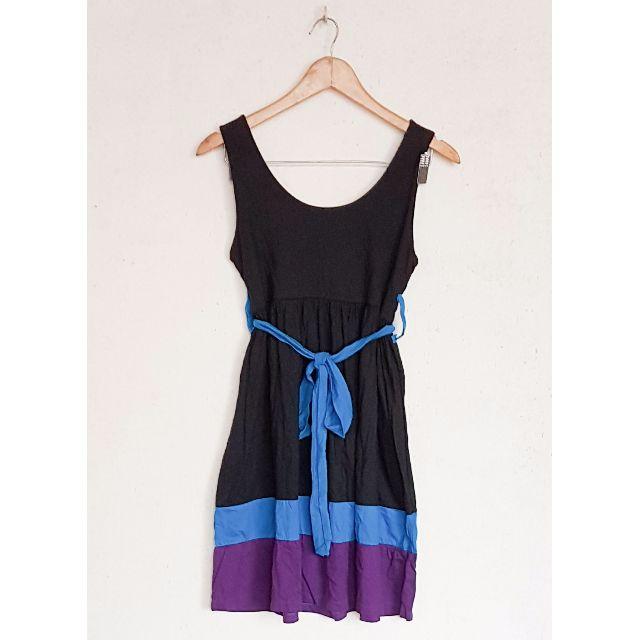 COLOR BLOCK BLUE DRESS