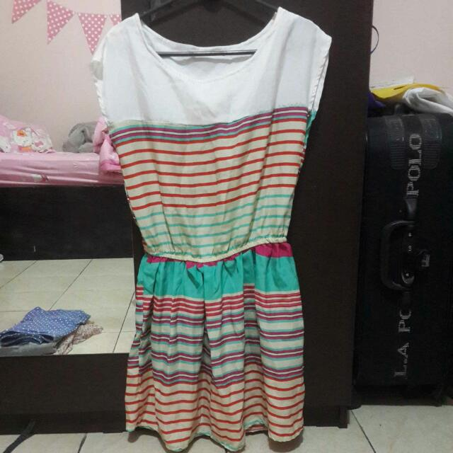 Dress Garis-garis