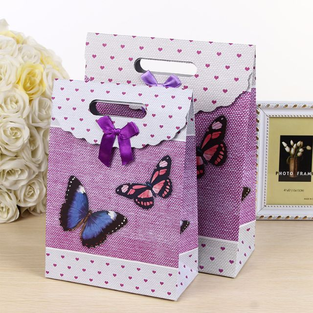 Easy Wrap Butterfly Gift Hand Carrier- Wedding Birthday Christmas Valentines