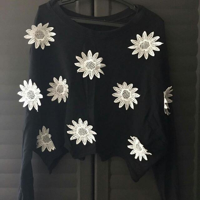 Floral Longsleeve Black