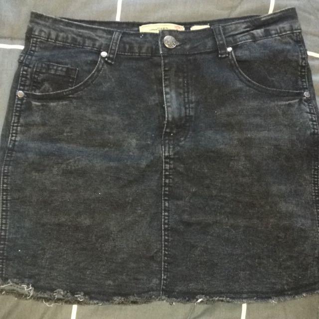 highwaisted black denim skirt