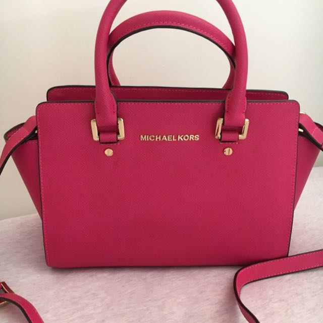 Michael Kors Selma Bag (pending)