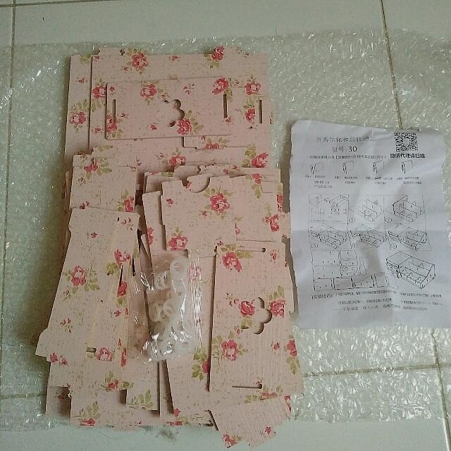 Preloved Rak Kosmetik - Pink FLOWER Camelia