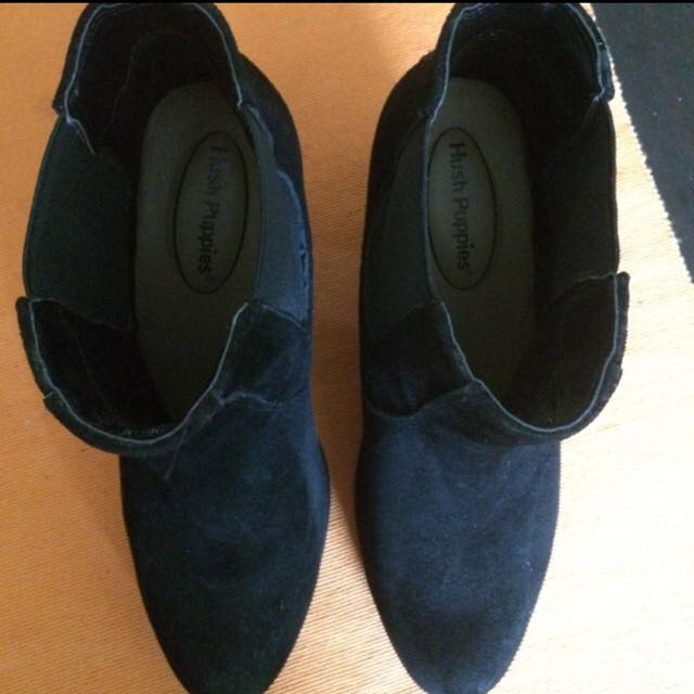 Hush Puppies Real Suede Heels, Size 7