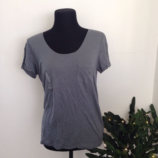 Uniqlo Grey Pocket Tee