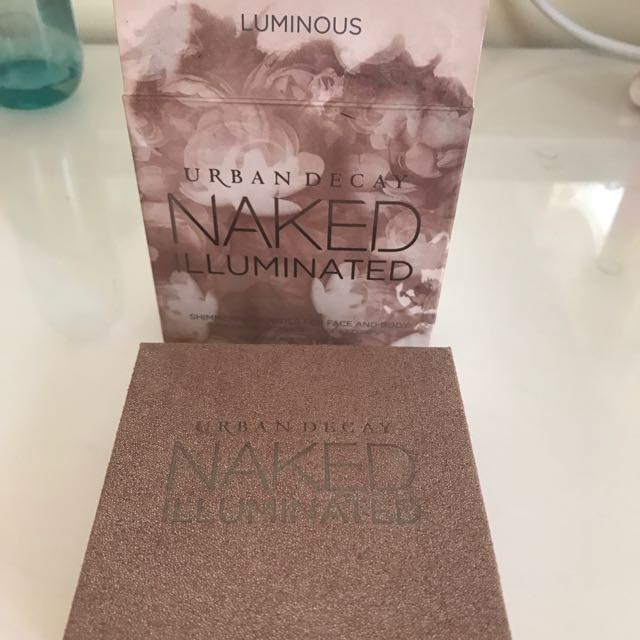 Urban Decay, Naked Illuminated