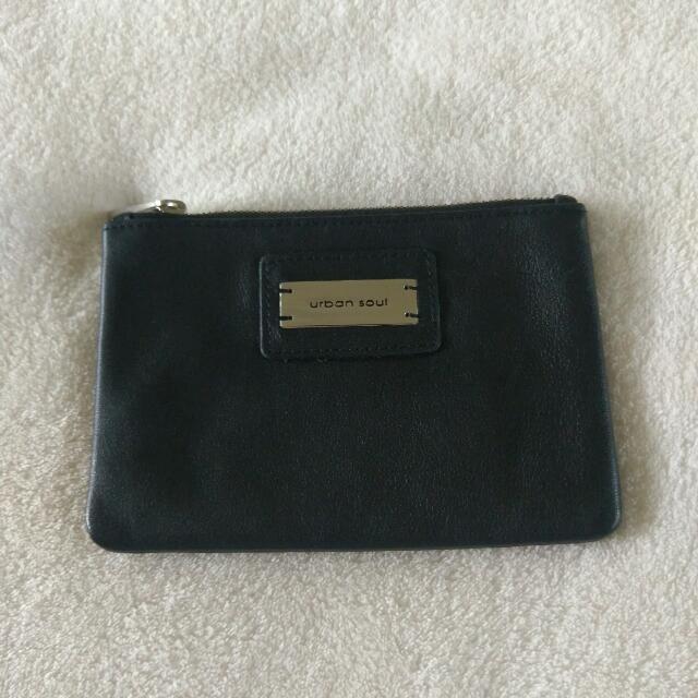 Urban soul black leather purse