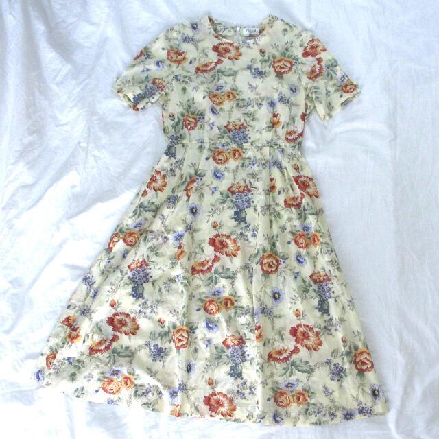 Woman Vintage Dress Floral