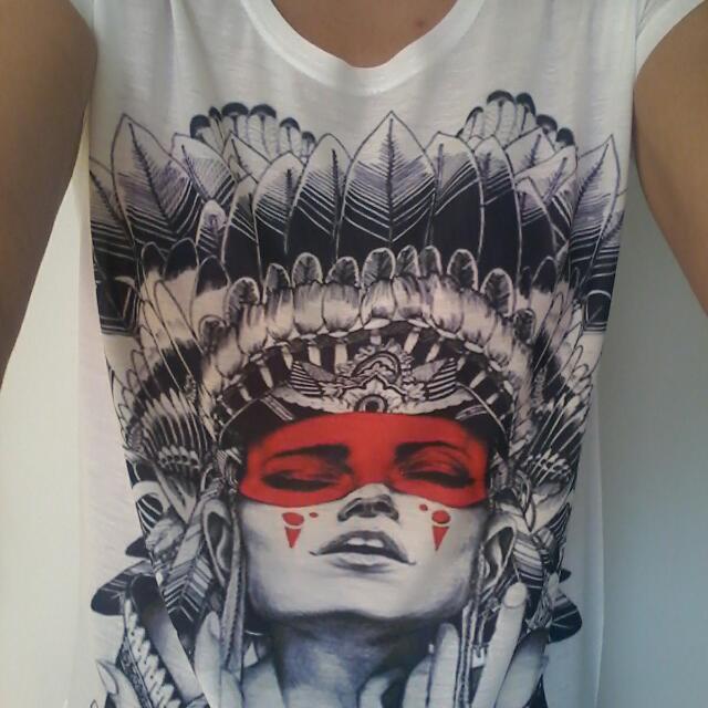 Womens Tshirt Size 8-10