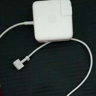 Macbook Pro Power Adapter